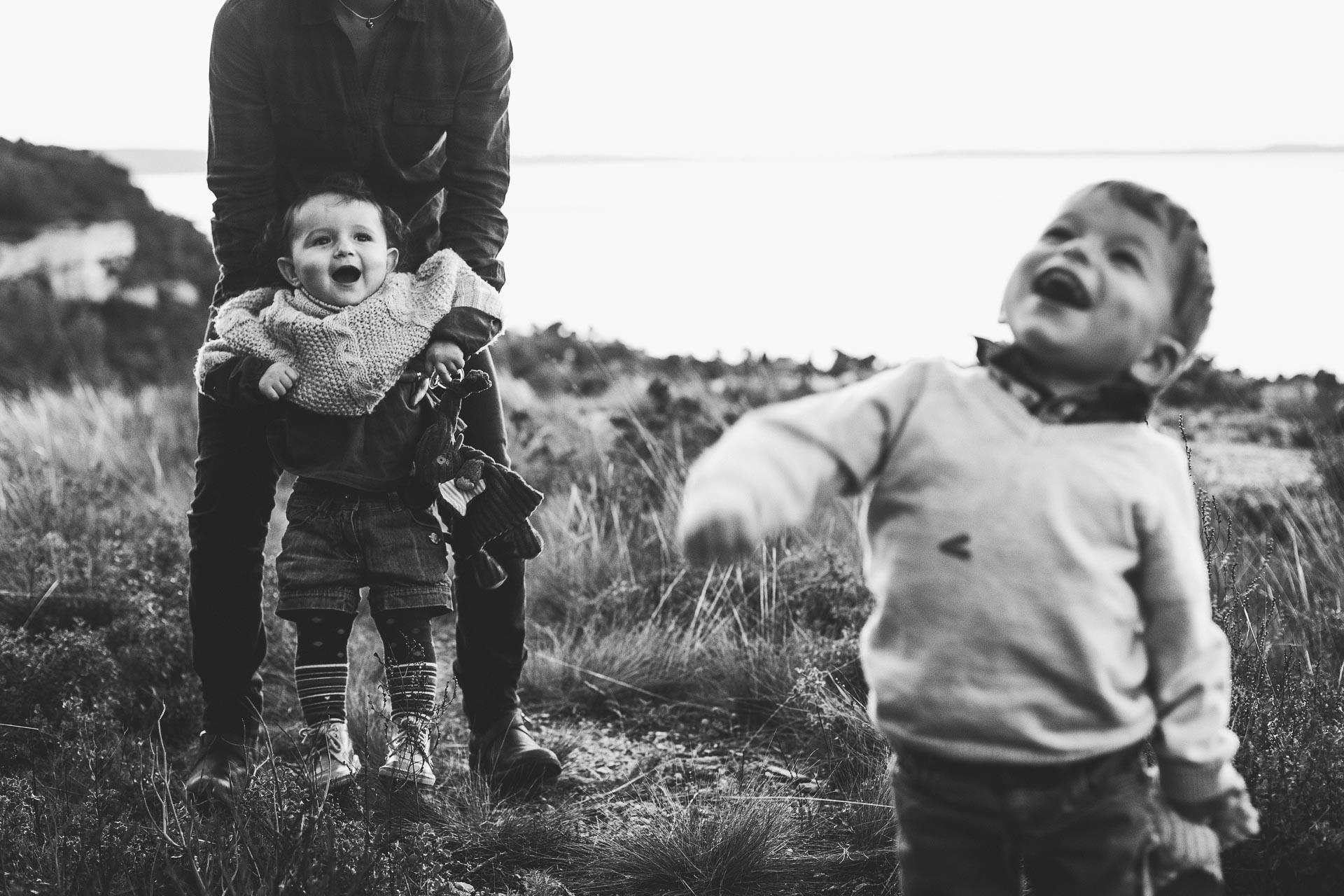 28-les enfants rigolent