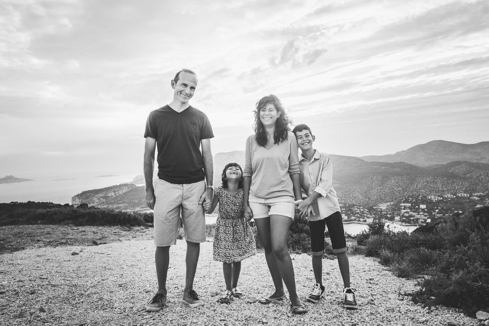 Seance photo famille heureuse-22