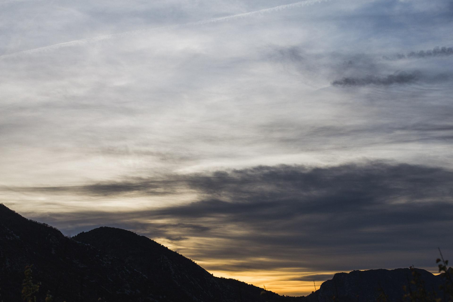 07 - Montagne et couche de soleil