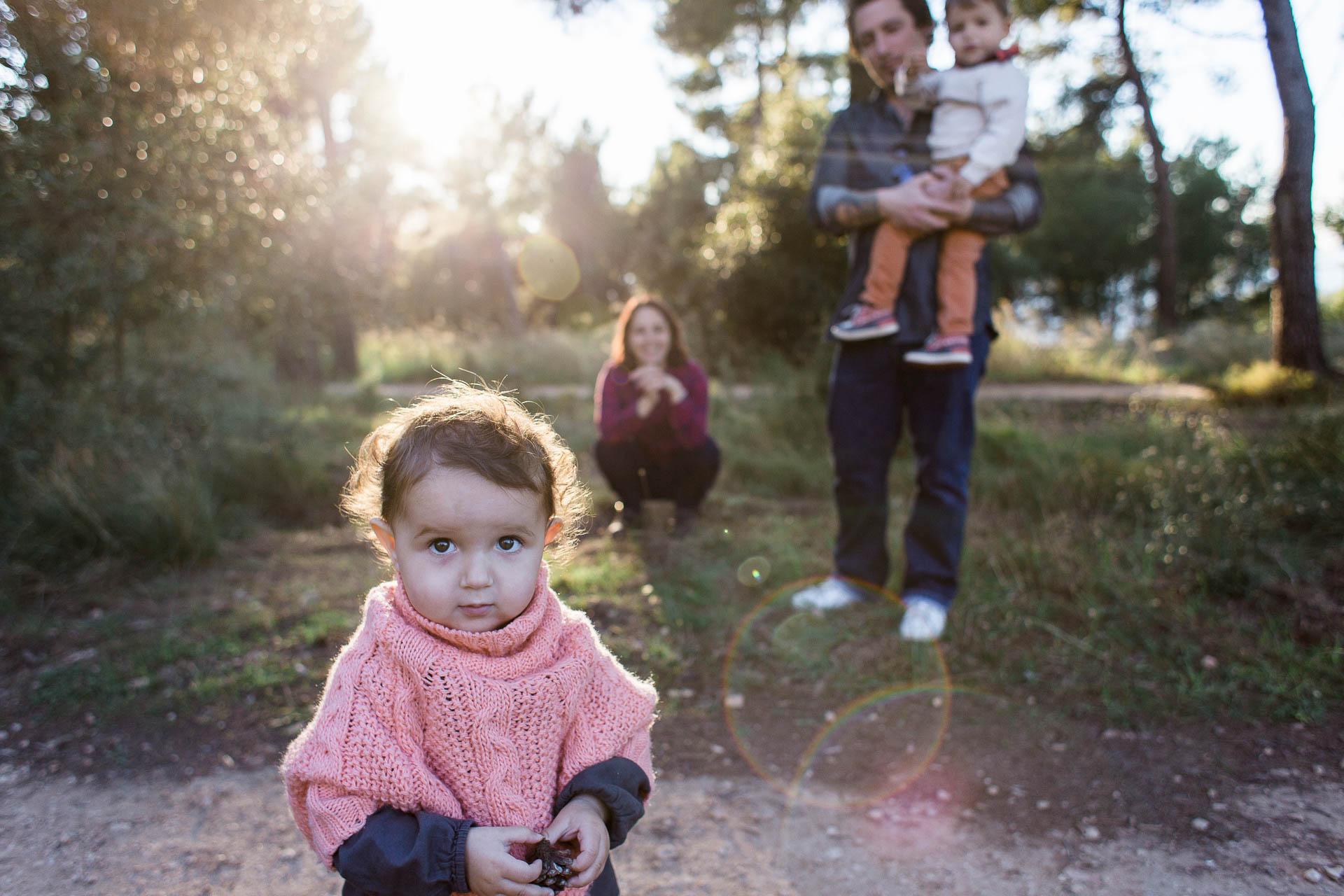 07-une petite curieuse et sa famille